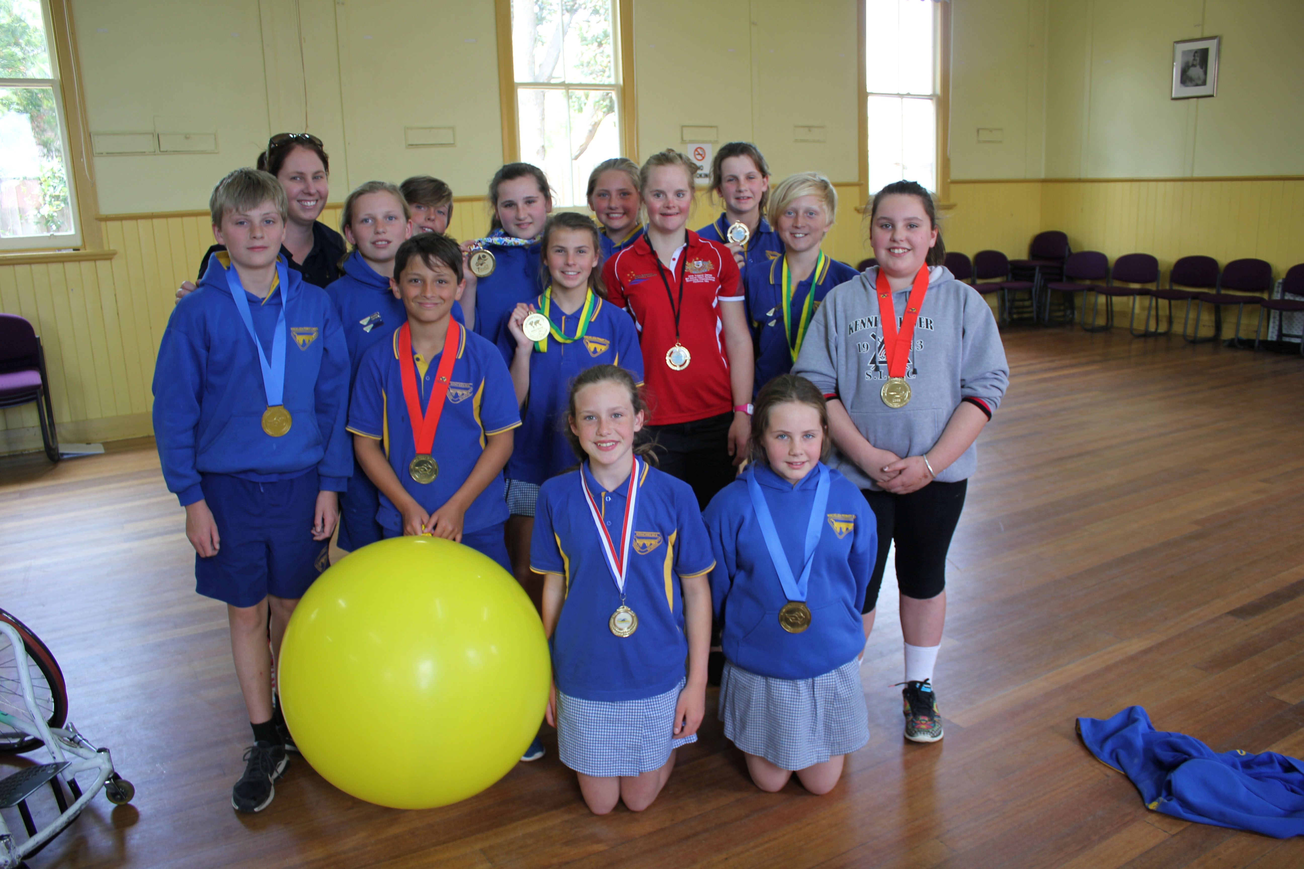 Group photos of Winchelsea primary school students with Phoebe